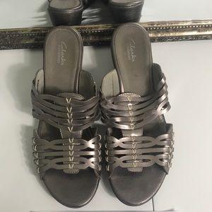 EUC Clarks bendables leather size 11